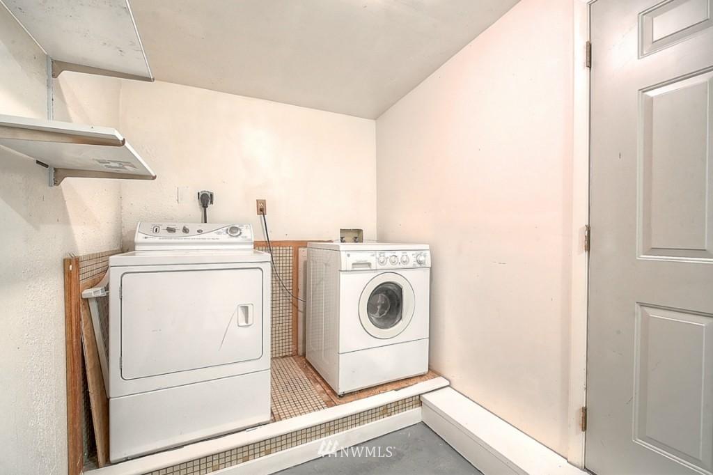 Sold Property | 14015 Interlake Avenue N Seattle, WA 98133 11