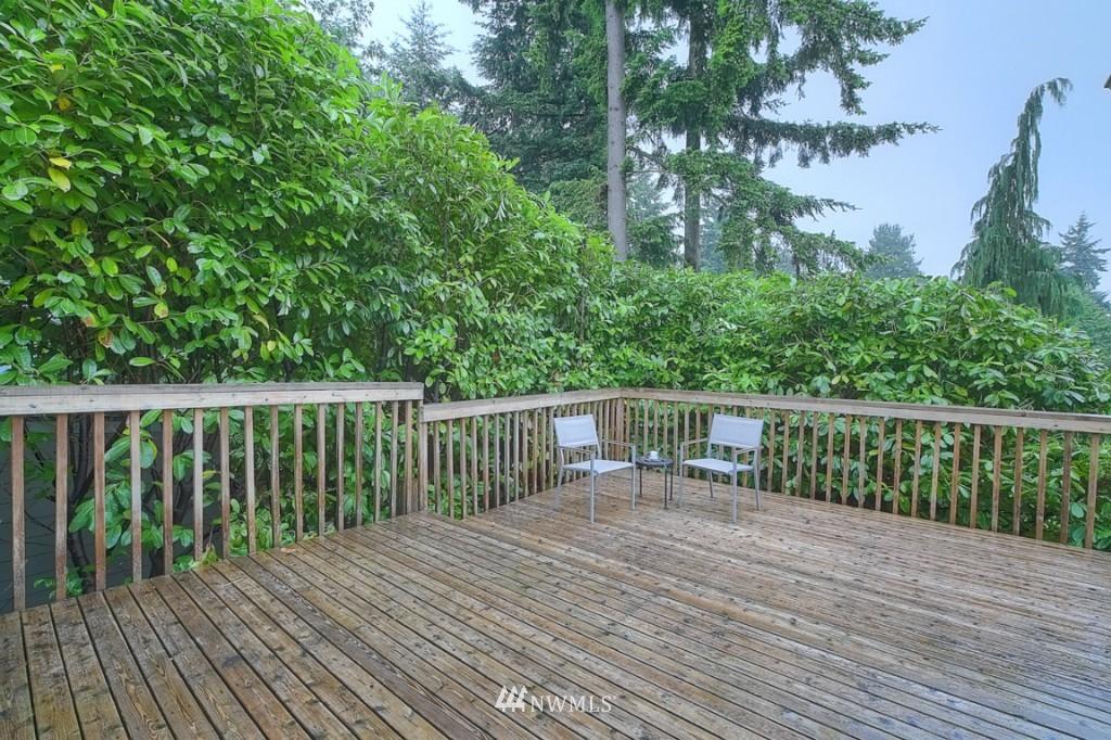 Sold Property | 14015 Interlake Avenue N Seattle, WA 98133 13