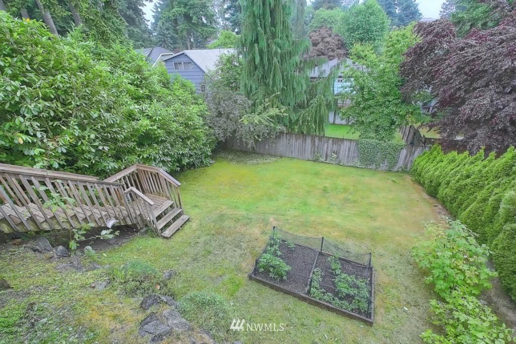 Sold Property | 14015 Interlake Avenue N Seattle, WA 98133 14