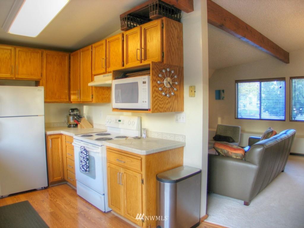 Sold Property   14009 91st Place NE Kirkland, WA 98034 3