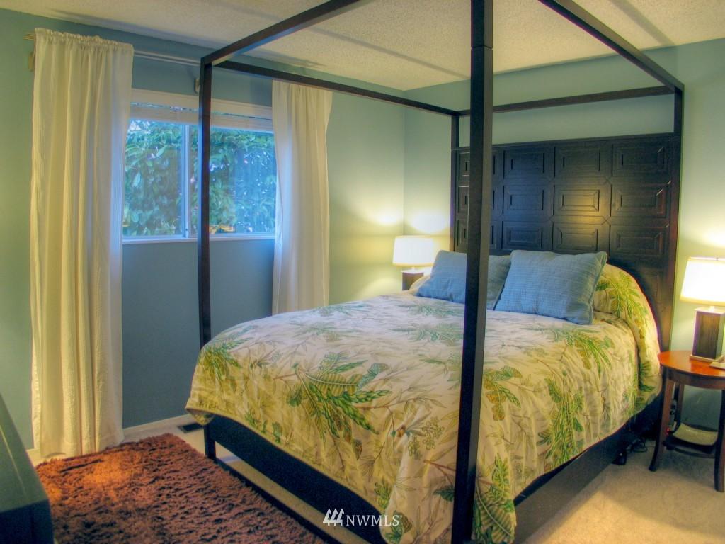 Sold Property   14009 91st Place NE Kirkland, WA 98034 6