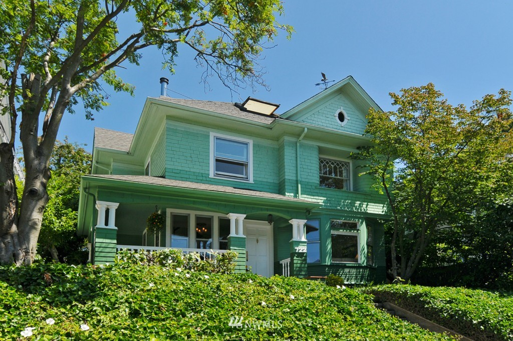 Sold Property | 722 12th Avenue E Seattle, WA 98102 0
