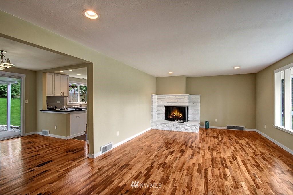 Sold Property   9110 1st Avenue NE Seattle, WA 98115 2