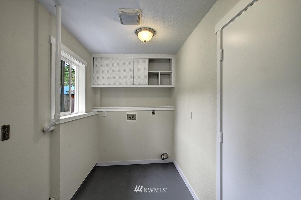 Sold Property   9110 1st Avenue NE Seattle, WA 98115 13