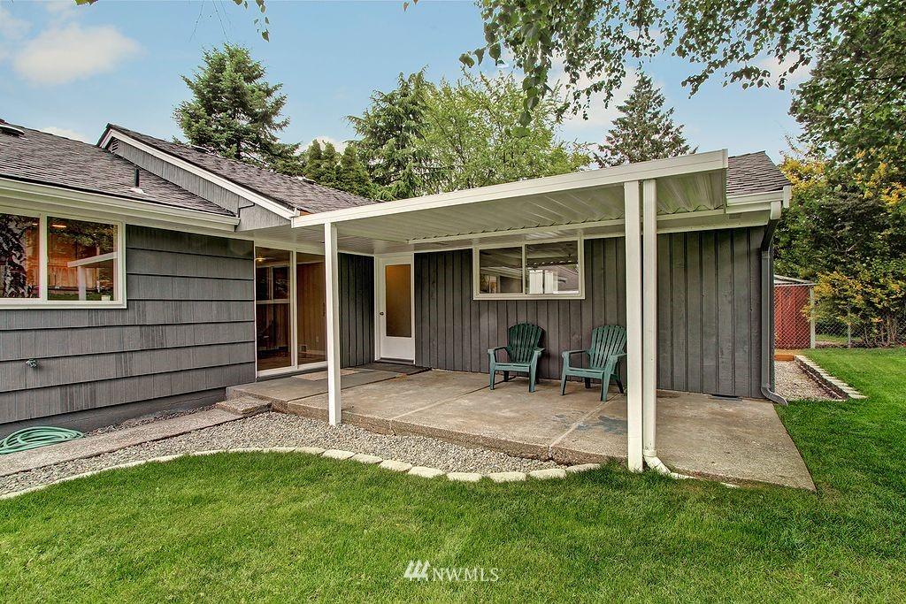 Sold Property   9110 1st Avenue NE Seattle, WA 98115 15