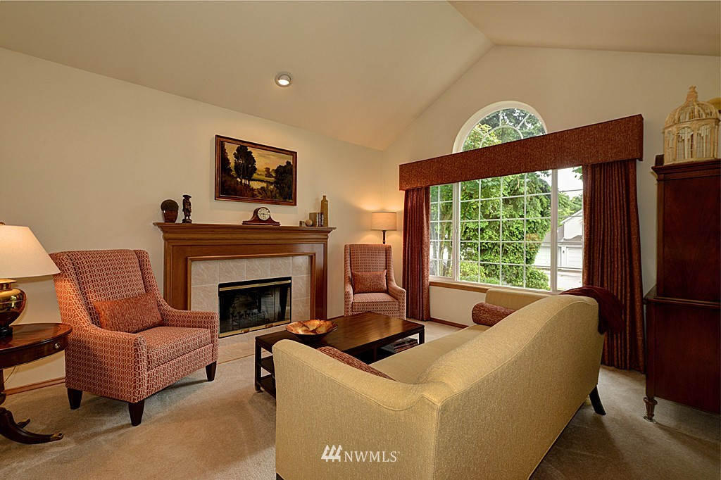 Sold Property | 17501 53rd Place W Lynnwood, WA 98037 2