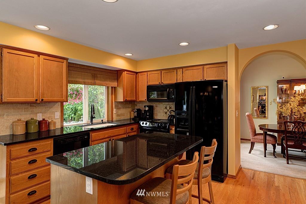 Sold Property | 17501 53rd Place W Lynnwood, WA 98037 8