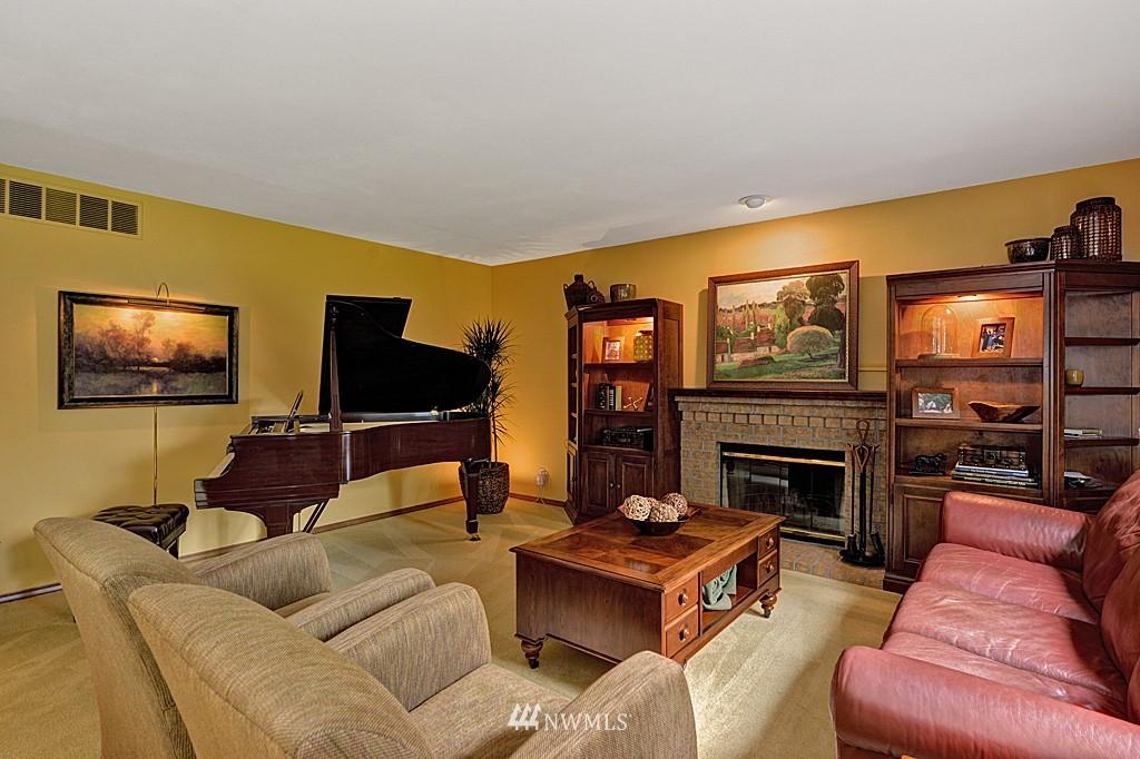 Sold Property | 17501 53rd Place W Lynnwood, WA 98037 10
