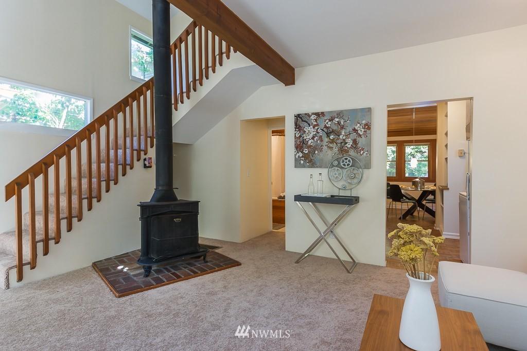 Sold Property | 6814 21 Avenue NE Seattle, WA 98115 2