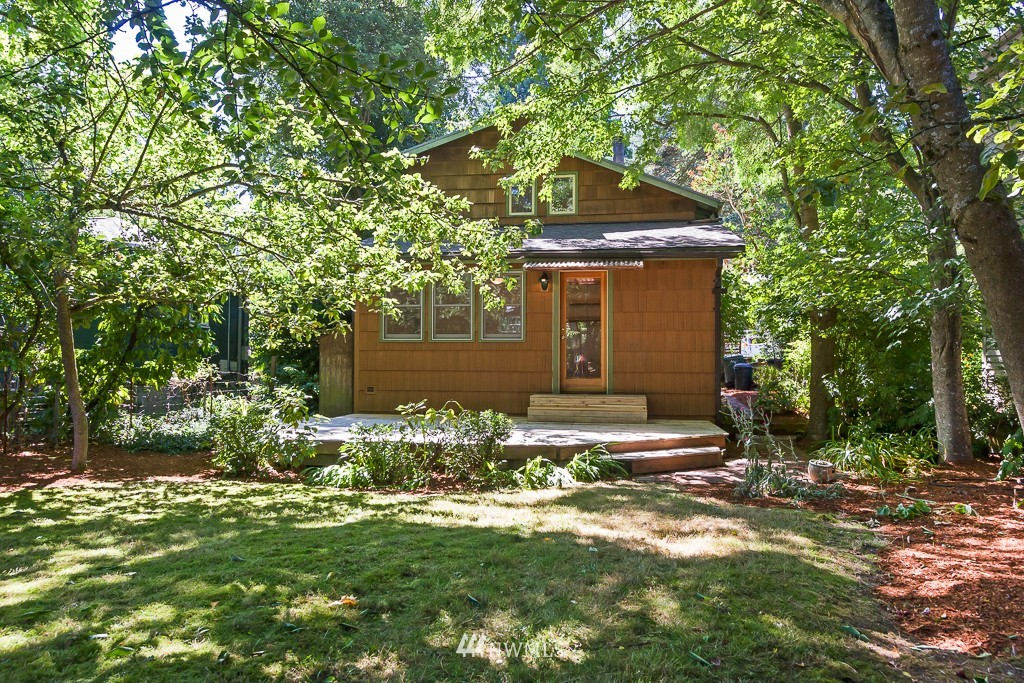 Sold Property | 6814 21 Avenue NE Seattle, WA 98115 15