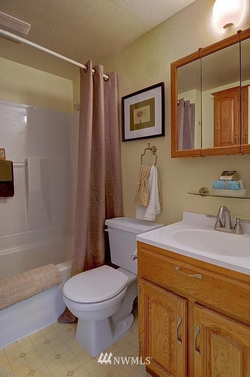 Sold Property | 511 NE 174th Street Shoreline, WA 98155 7