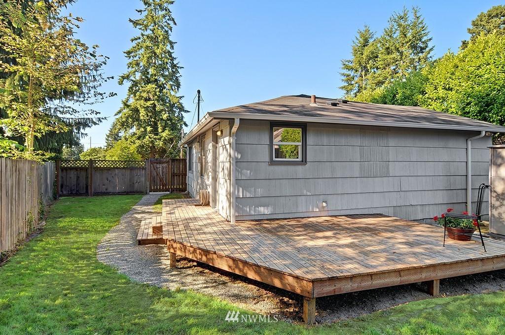 Sold Property | 511 NE 174th Street Shoreline, WA 98155 9