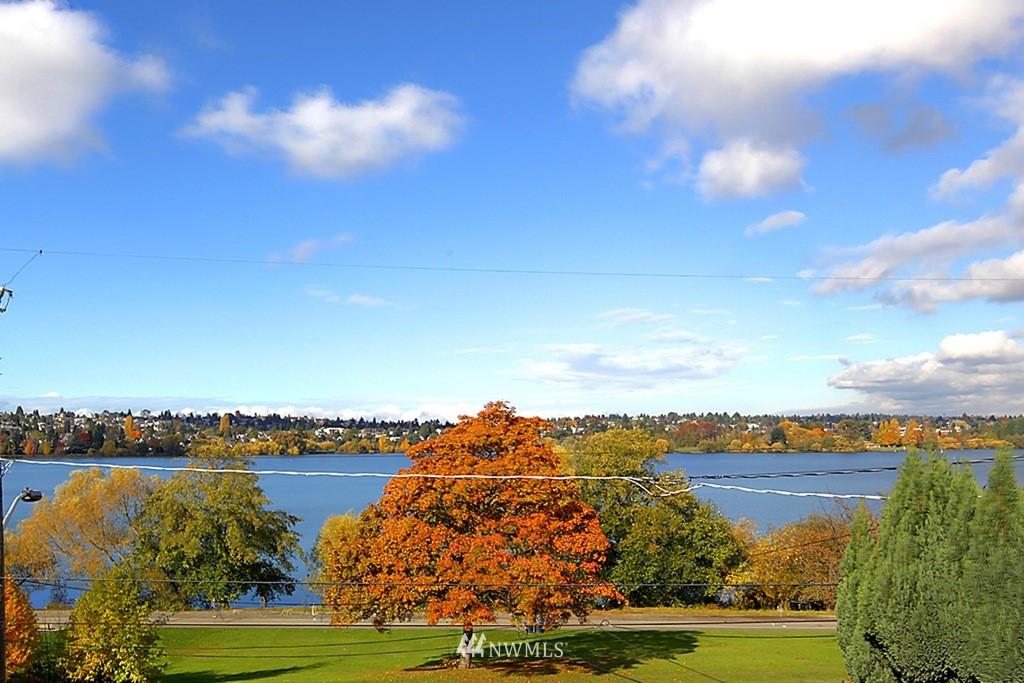 Sold Property   5830 E Green Lake Way N Seattle, WA 98103 0
