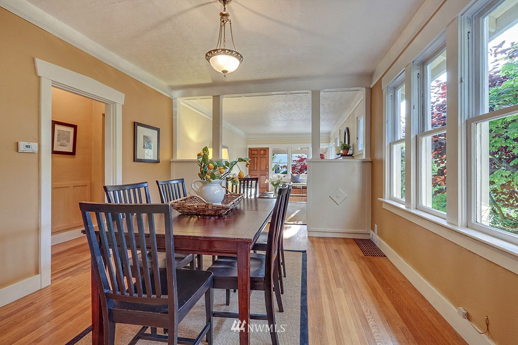 Sold Property | 6712 Cleopatra Place NW Seattle, WA 98117 4