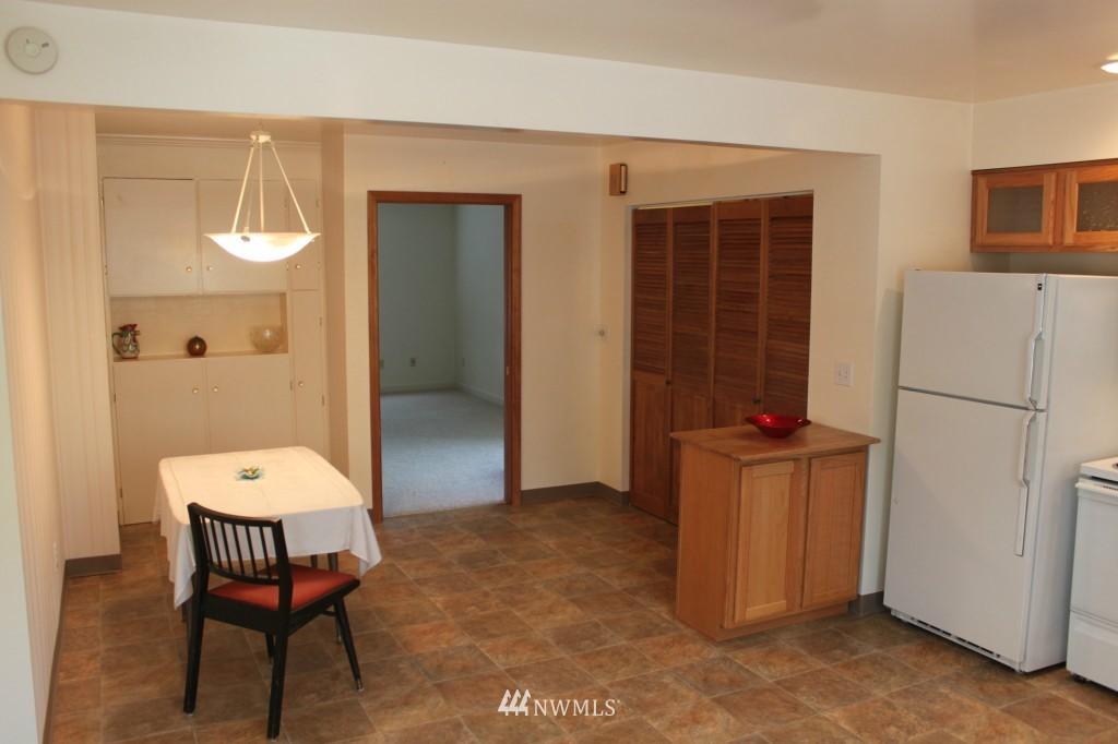 Sold Property | 3224 32nd Avenue W Seattle, WA 98199 2
