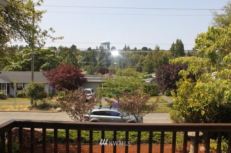 Sold Property | 3224 32nd Avenue W Seattle, WA 98199 11
