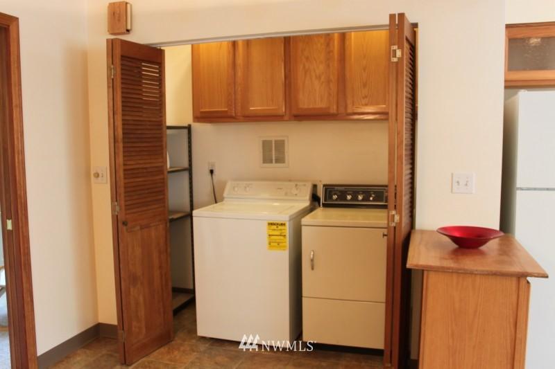 Sold Property | 3224 32nd Avenue W Seattle, WA 98199 5