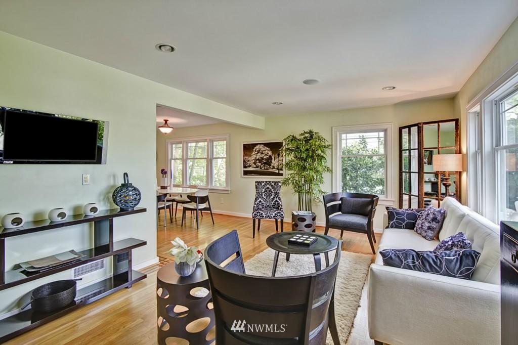 Sold Property | 109 NE 52nd Street Seattle, WA 98105 1