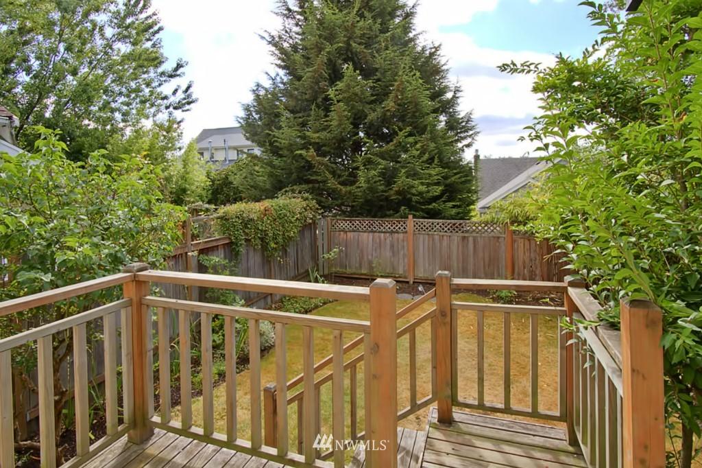 Sold Property | 109 NE 52nd Street Seattle, WA 98105 3