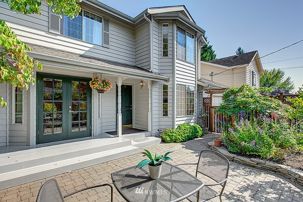 Sold Property   6212 39th Avenue NE Seattle, WA 98115 1