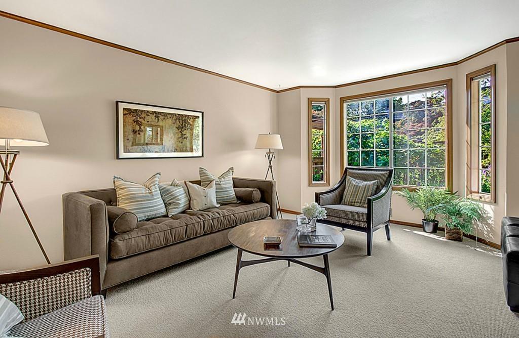 Sold Property   6212 39th Avenue NE Seattle, WA 98115 2