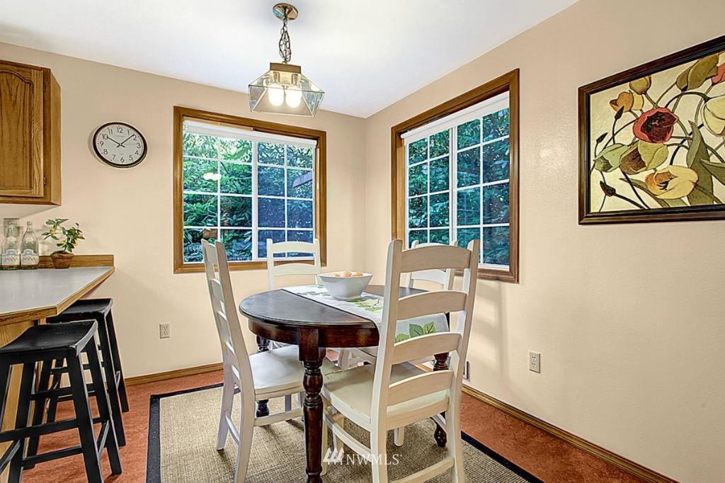 Sold Property   6212 39th Avenue NE Seattle, WA 98115 4