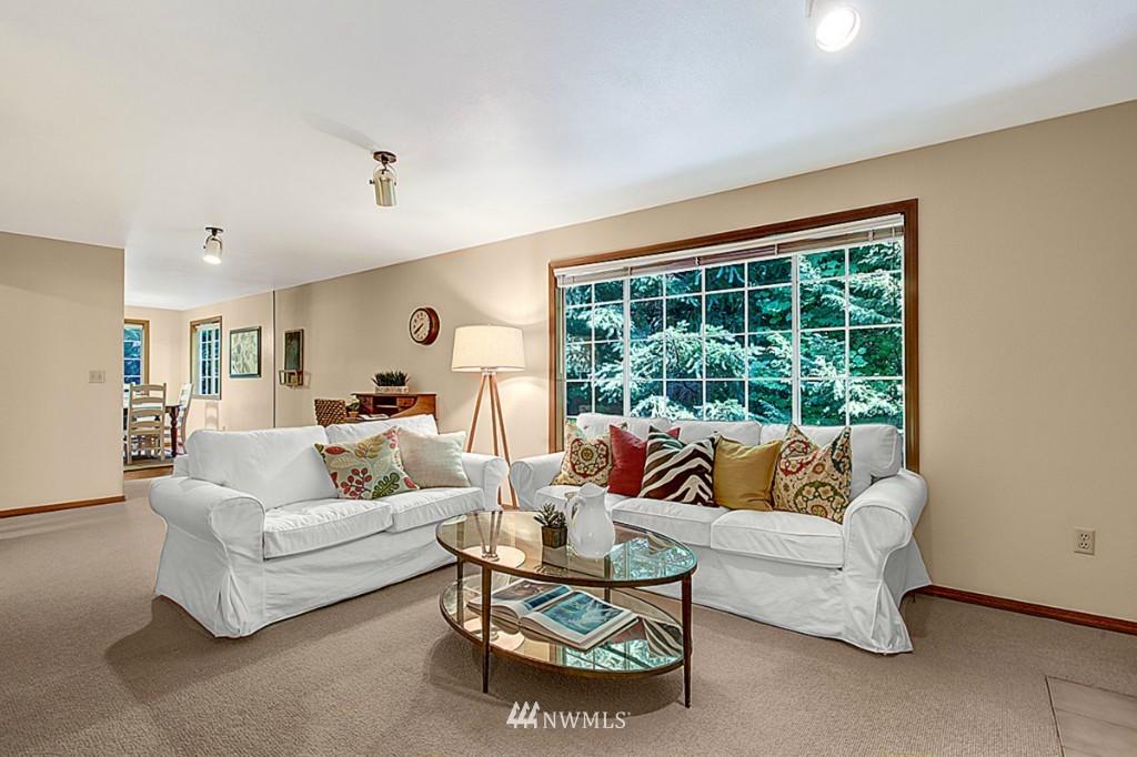 Sold Property   6212 39th Avenue NE Seattle, WA 98115 7