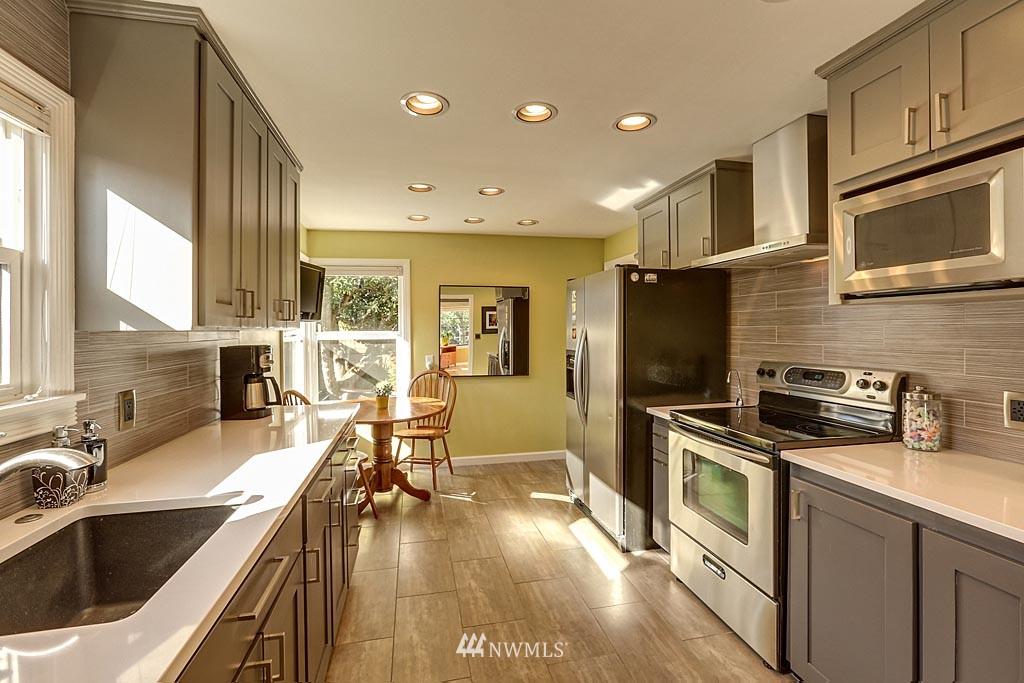 Sold Property | 8009 Jones Avenue NW Seattle, WA 98117 3