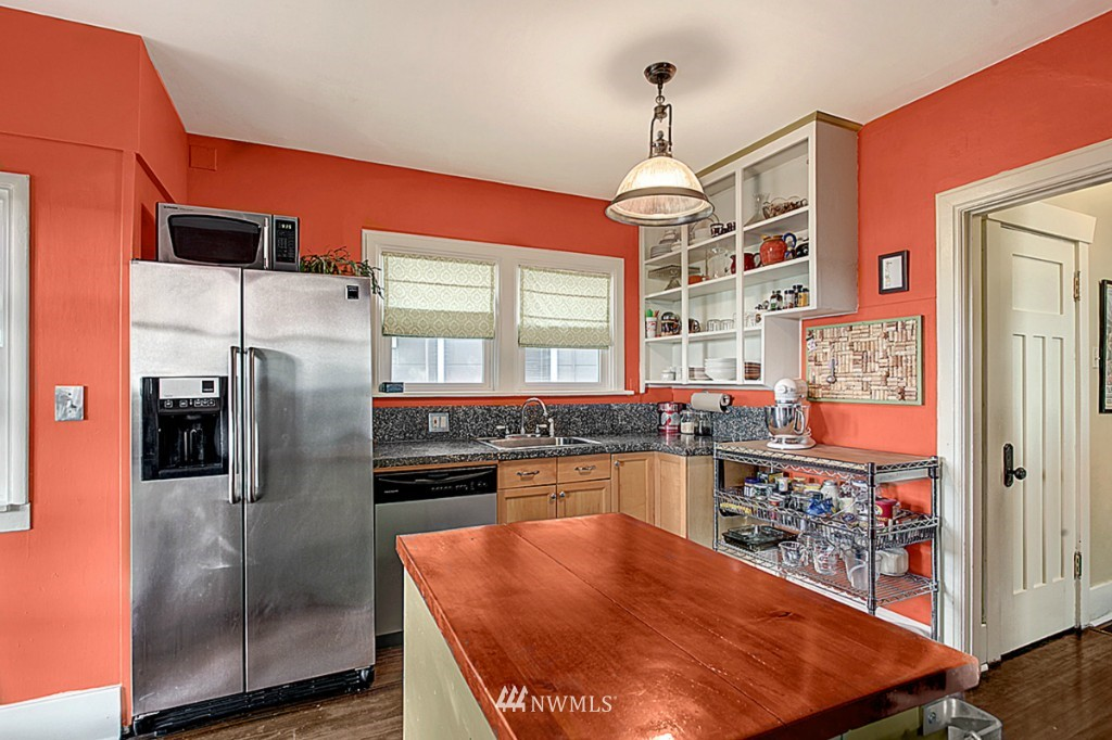 Sold Property | 2319 NW 65th  Street Seattle, WA 98117 5