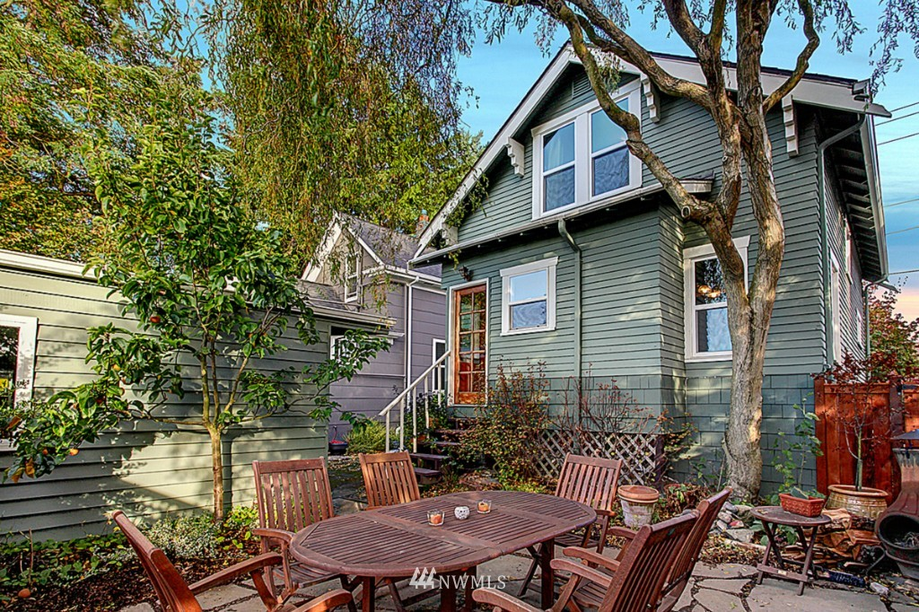 Sold Property | 2319 NW 65th  Street Seattle, WA 98117 12