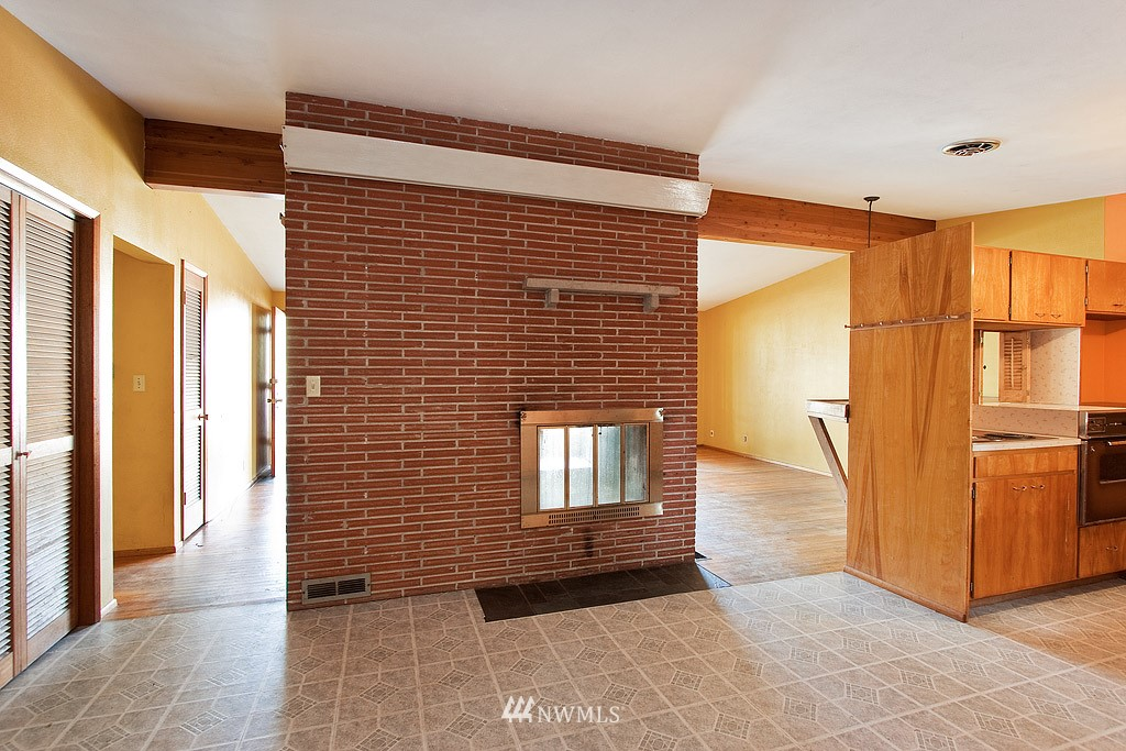 Sold Property   3745 S 322nd Street Federal Way, WA 98001 4