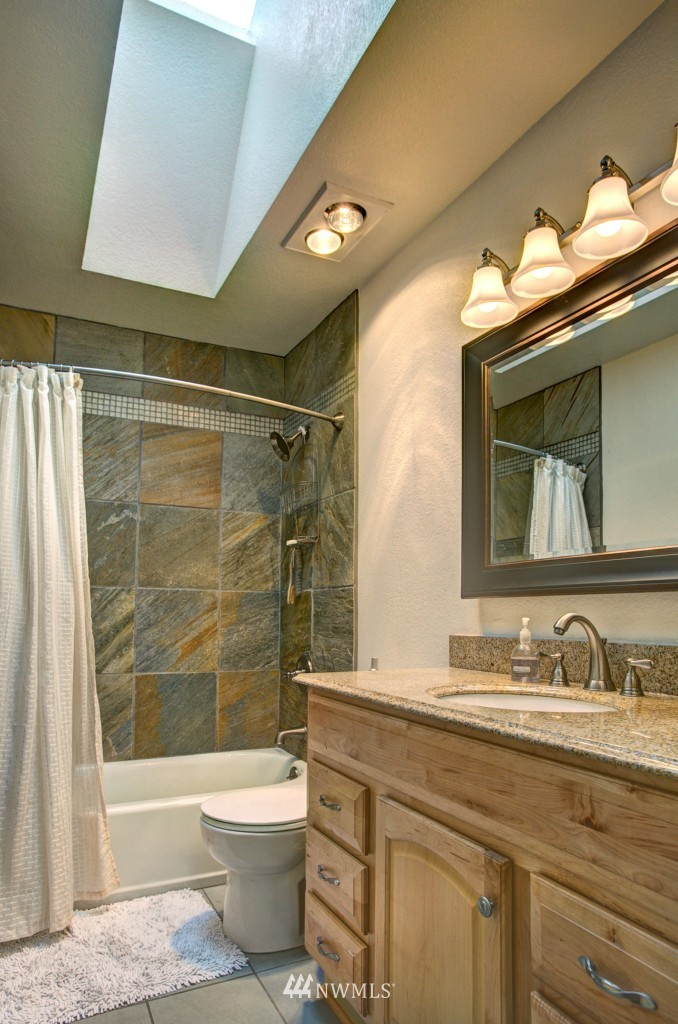 Sold Property | 21817 Oak  Way Brier, WA 98036 11