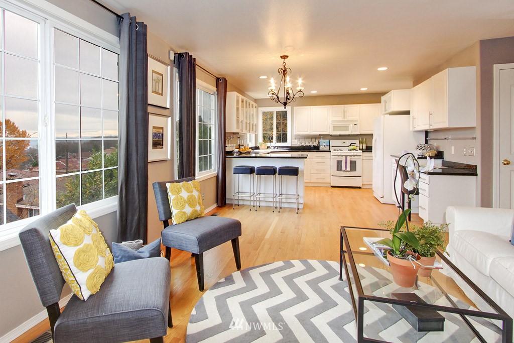 Sold Property   2424 S Ferdinand Street Seattle, WA 98108 6