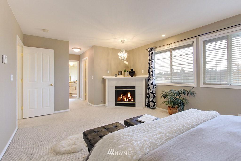 Sold Property   2424 S Ferdinand Street Seattle, WA 98108 8