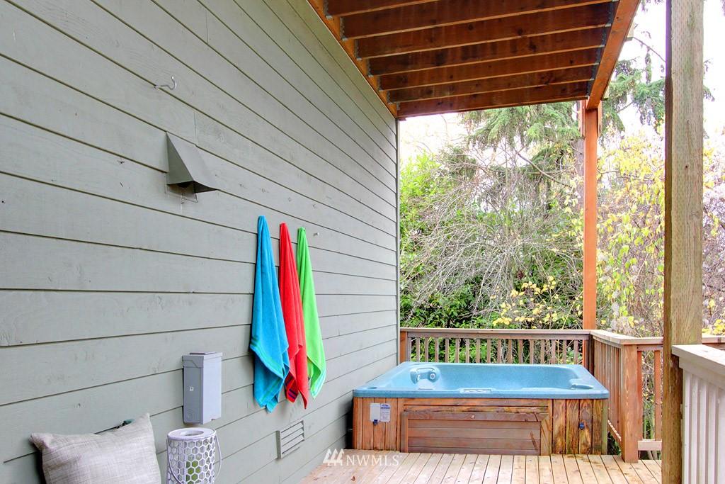 Sold Property   2424 S Ferdinand Street Seattle, WA 98108 14