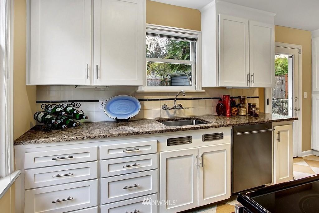 Sold Property   2649 35th Avenue W Seattle, WA 98199 4