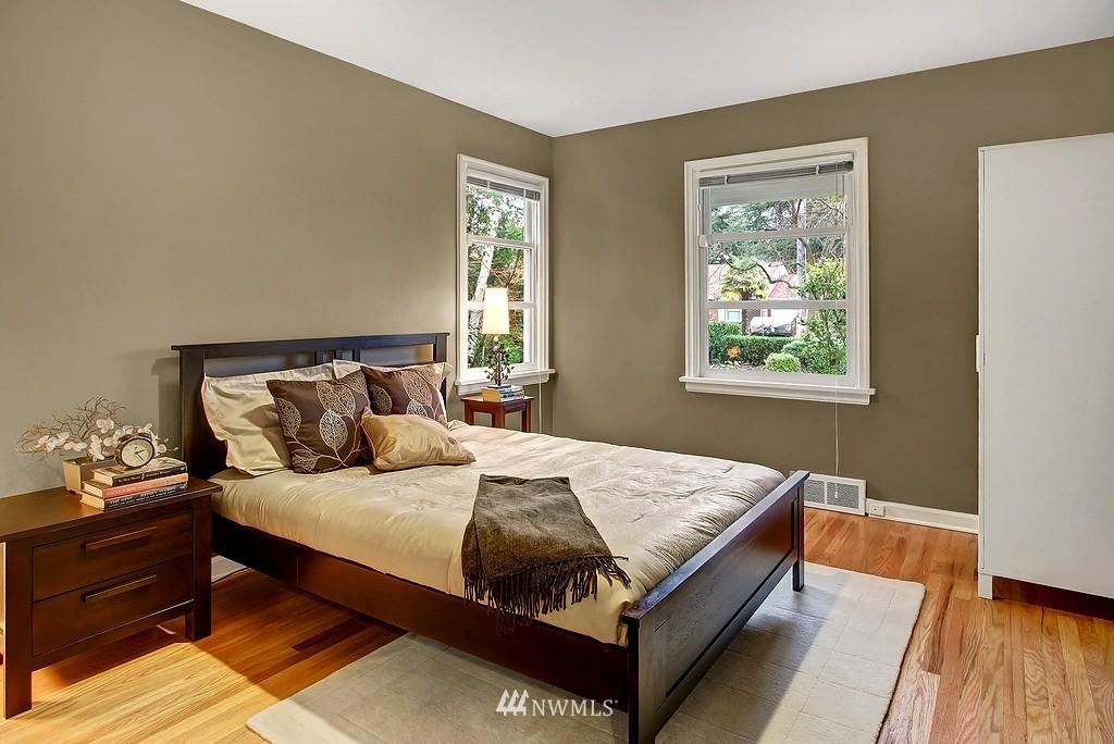 Sold Property   2649 35th Avenue W Seattle, WA 98199 8