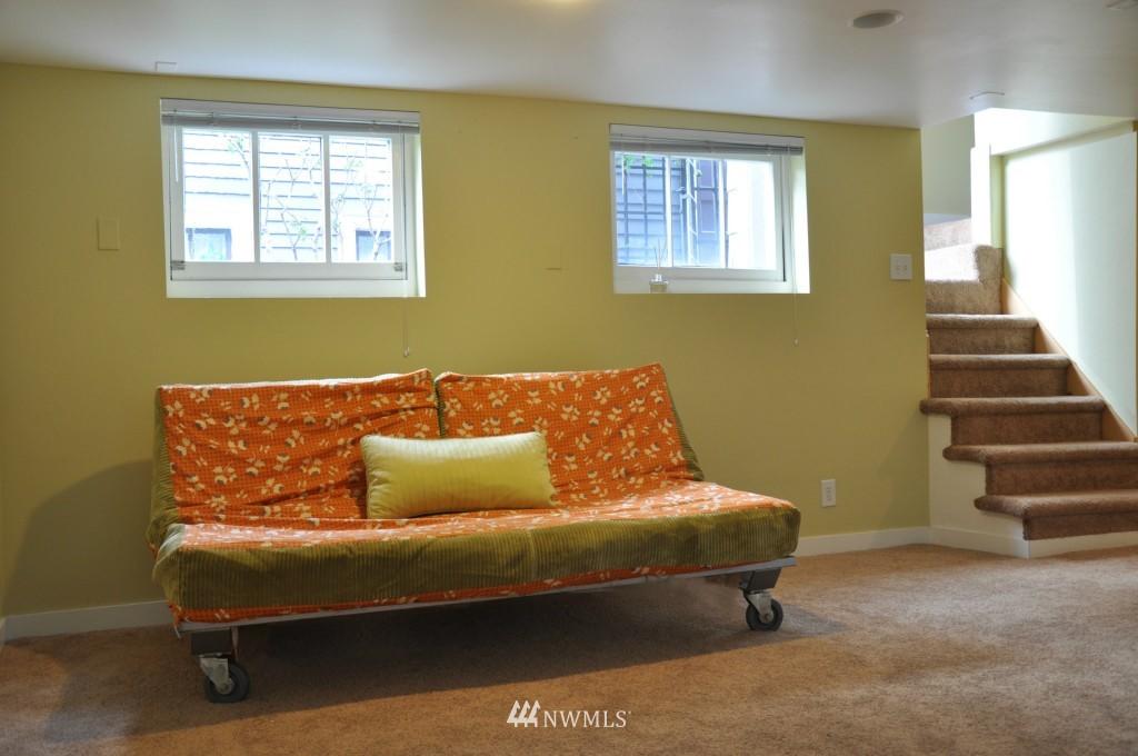 Sold Property | 140 NE 63rd Street Seattle, WA 98115 14