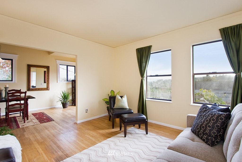 Sold Property | 2449 E Aloha Street Seattle, WA 98112 3