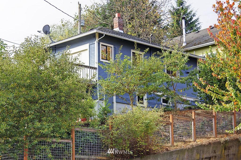 Sold Property | 2449 E Aloha Street Seattle, WA 98112 14