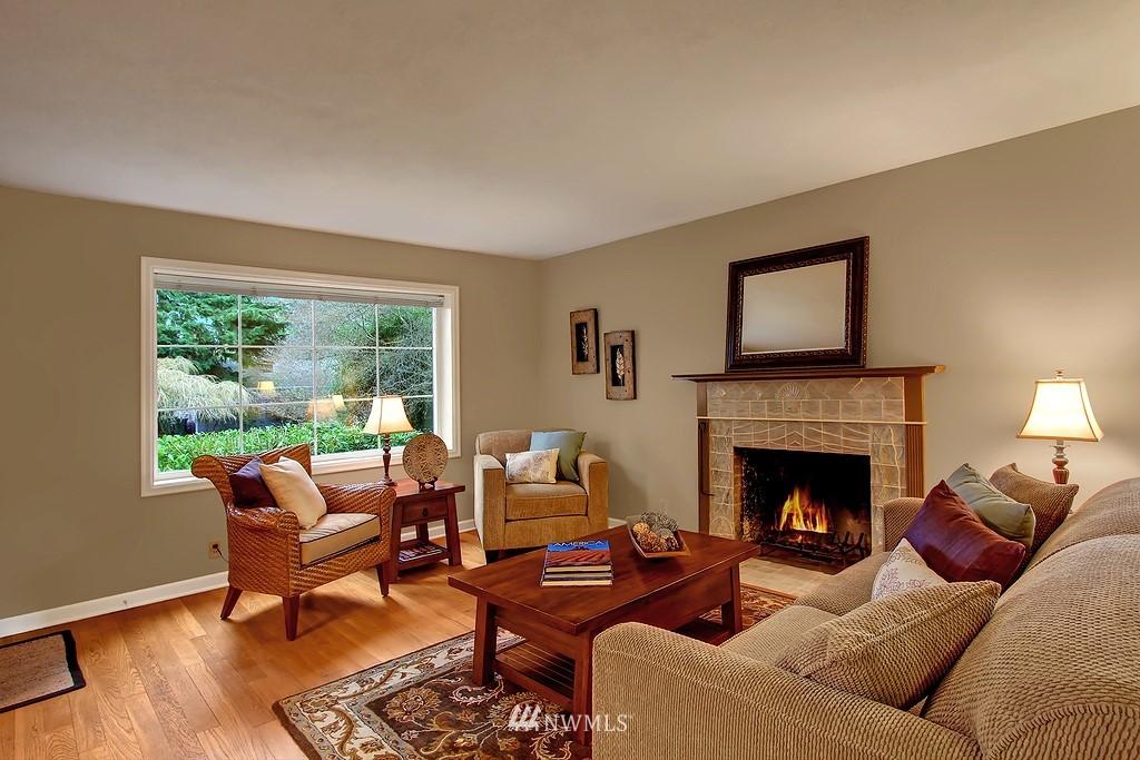Sold Property | 3133 NE 84th Street Seattle, WA 98115 3