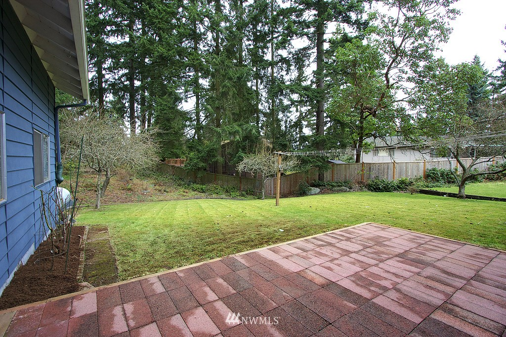 Sold Property | 316 NE 191st Shoreline, WA 98155 13