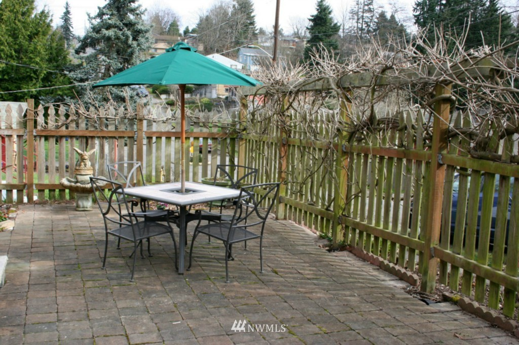 Sold Property | 4614 S Juneau Street Seattle, WA 98118 9
