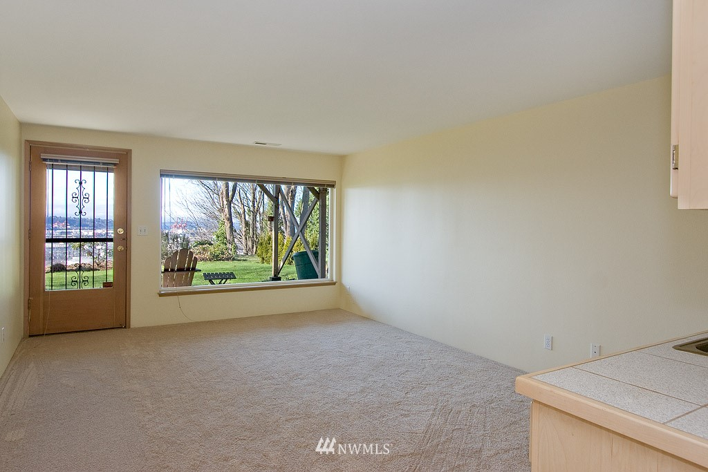 Sold Property   4405 Powell Place S Seattle, WA 98108 8