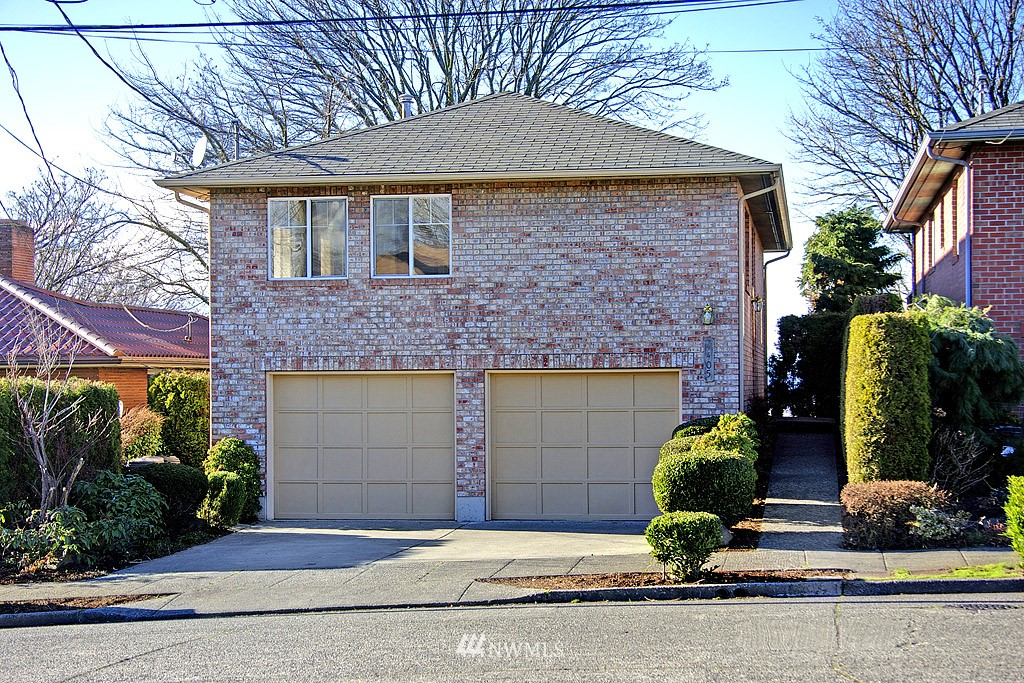 Sold Property   4405 Powell Place S Seattle, WA 98108 13