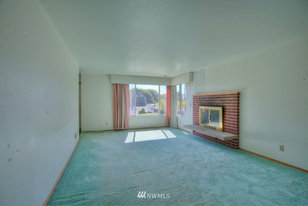 Sold Property | 2907 Harris Place S Seattle, WA 98144 1