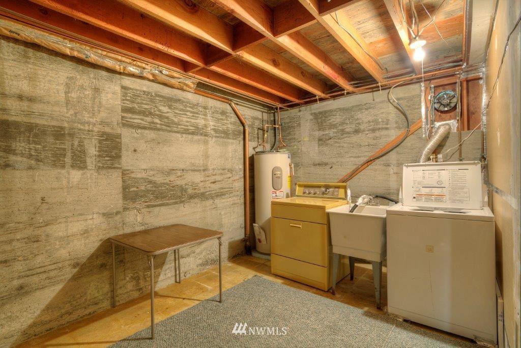 Sold Property | 2907 Harris Place S Seattle, WA 98144 10