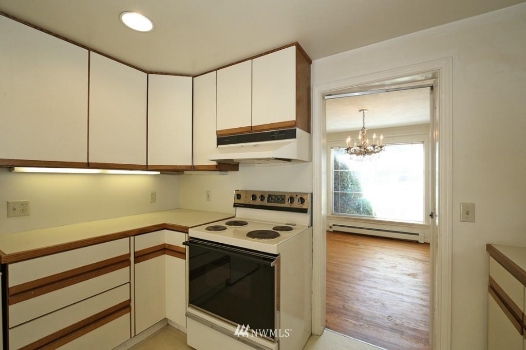 Sold Property   2442 35th Avenue W Seattle, WA 98199 7