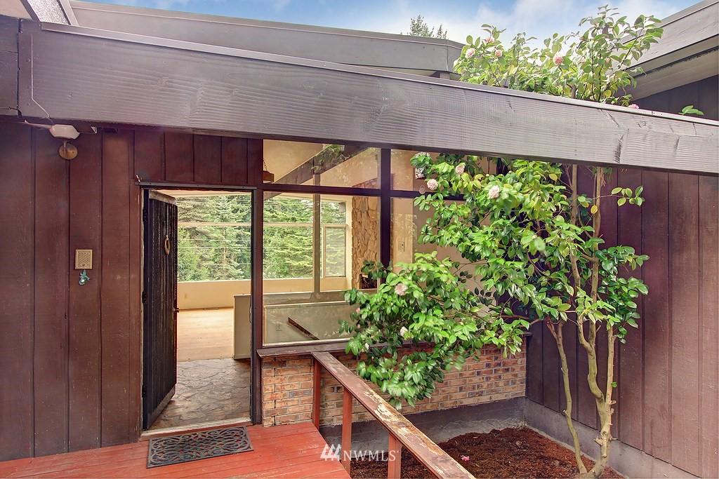 Sold Property   806 178th Avenue NE Bellevue, WA 98008 2