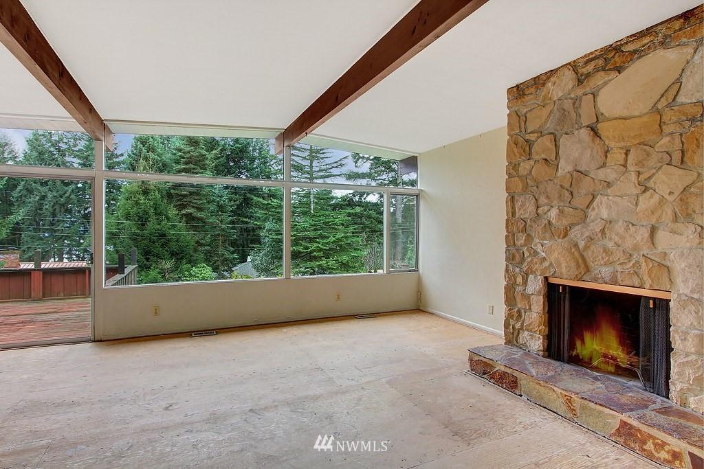 Sold Property   806 178th Avenue NE Bellevue, WA 98008 3